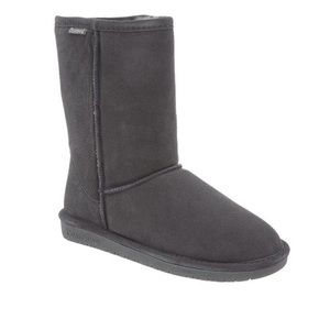Bearpaw Emma Short Grey Furry Boots